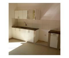 Casa en alquiler 2 dormitorios zona Av Paragua y 4to anillo.