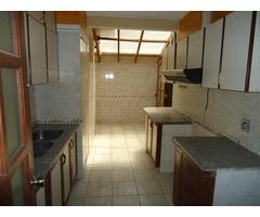 Casa en alquiler en condominio zona Norte 4to anillo.
