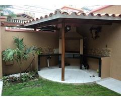 Casa en alquiler de 3 dormitorios zona av Paragua.