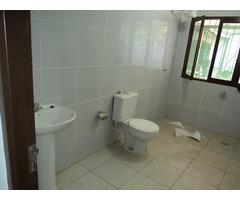 Casa independiente en alquiler de 3 dormitorios Av Mutualista.