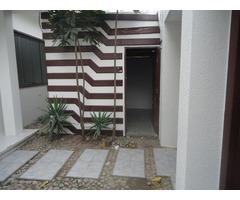 Casa en alquiler en Santa Cruz zona Equipetrol.