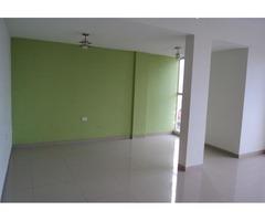 Departamento de 2 dormitorios zona Av 2 de Agosto.