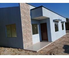 Casa a estrenar de 3 dormitorios urbanización Motacu zona norte 150$