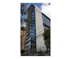 Oficina en anticretico edificio Top Center Av. Beni.