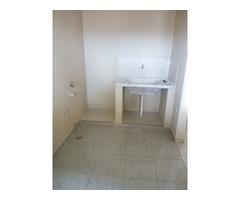 Amplio Departamento 2 dormitorios zona Av Mutualista.