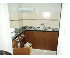 Departamento en alquiler en edificio, 2 dormitorios, Av. Roca y Coronado.