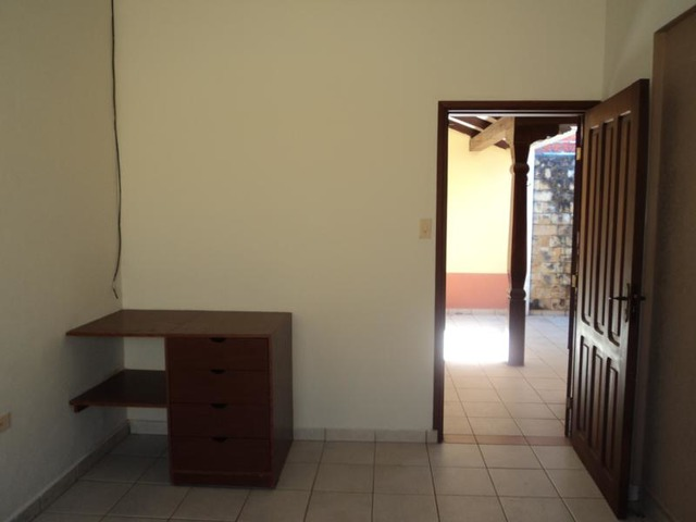 Casa Independiente, 3 dormitorios, Radial 26. - 10