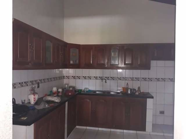 B.R. da en anticretico casa en el barrio el recreo z/el quior - 4