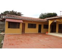 Casa Independiente de 3 dormitorios, 2do y 3er anillo Av. La Salle.