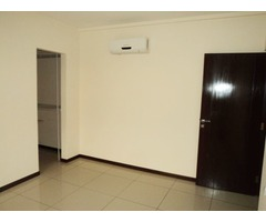 Departamento en alquiler, 3 dormitorios, Av. Beni 2do y 3er anillo.