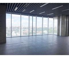 Oficinas en Equipetrol 120m2.