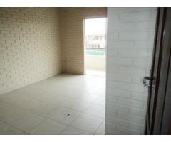 Departamento de 2 dormitorios en planta alta, Av. Paragua.