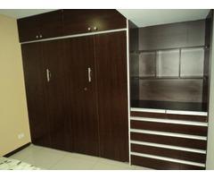 Departamento amoblado en alquiler de 3 dormitorios Av Paragua.