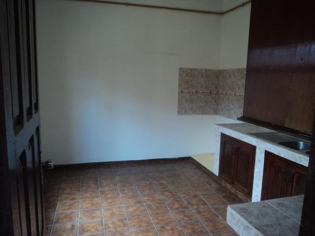 Casa tipo departamento en alquiler zona mutualista, sin garaje. - 4