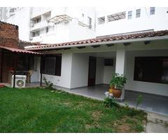 Departamento semi independiente en alquiler, 2 dormitorios, Av. Beni.