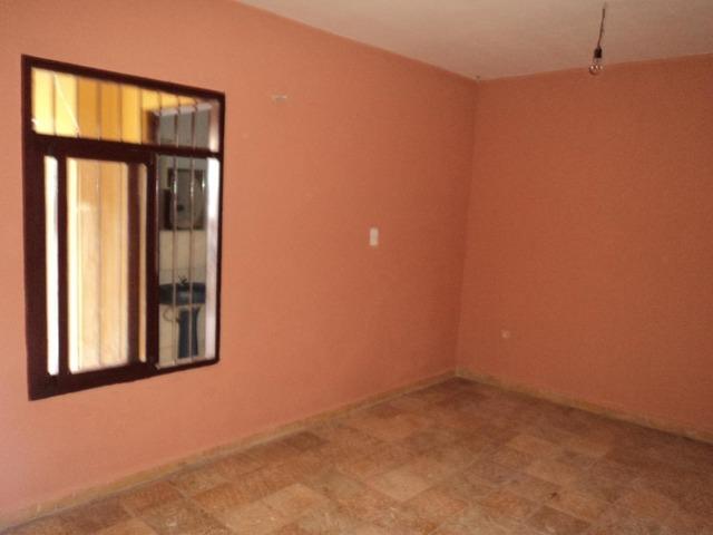Casa Independiente en alquiler, 2 dormitorios, Av. Canal Cotoca. - 3