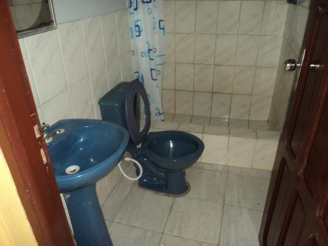 Casa Independiente en alquiler, 2 dormitorios, Av. Canal Cotoca. - 4