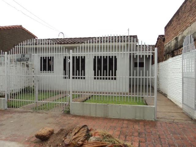 Casa Independiente en Alquiler, 2 Dormitorios. - 2