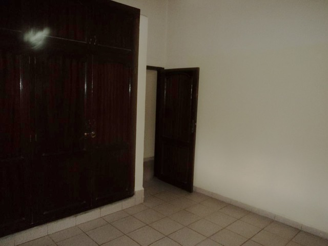 Casa semi independiente en alquiler, 2 dormitorios, Av. Beni. - 7