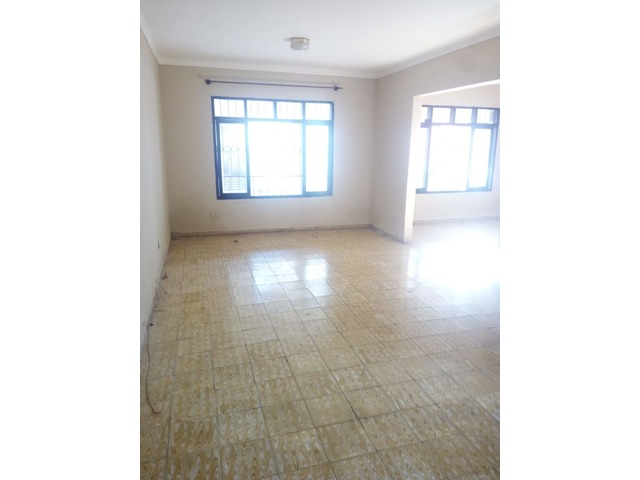 Casa independiente en alquiler 3 dormitorios zona Paragua. - 6