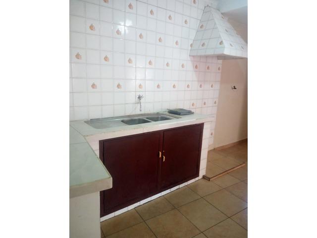 Casa independiente en alquiler 3 dormitorios zona Paragua. - 2