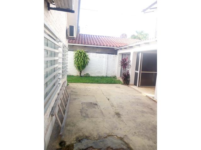 Casa independiente en alquiler 3 dormitorios zona Paragua. - 15