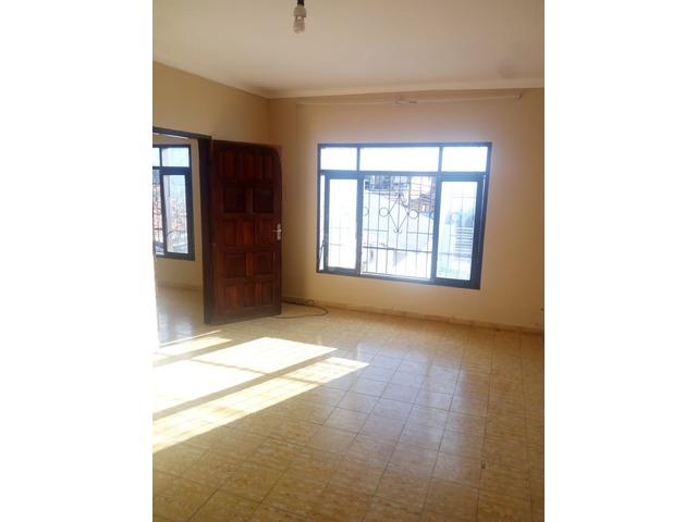 Casa independiente en alquiler 3 dormitorios zona Paragua. - 16