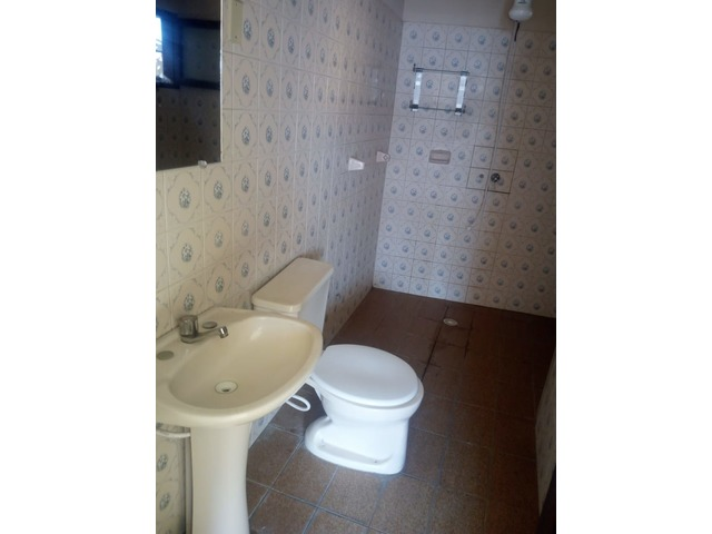 Casa independiente en alquiler 3 dormitorios zona Paragua. - 17