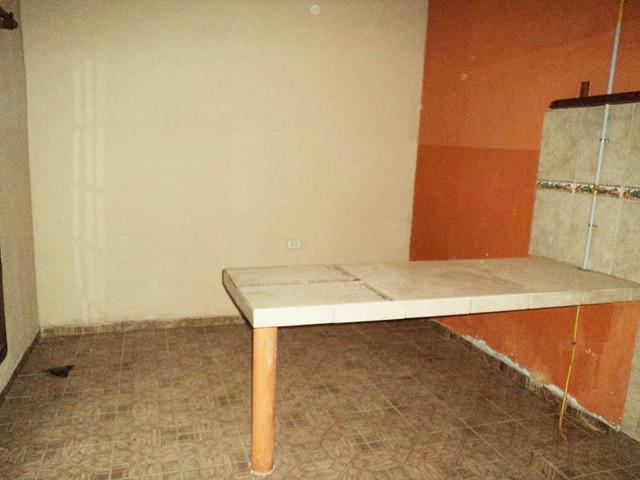 Casa independiente en alquiler, 3 dormitorios, Av. Mutualista. - 10