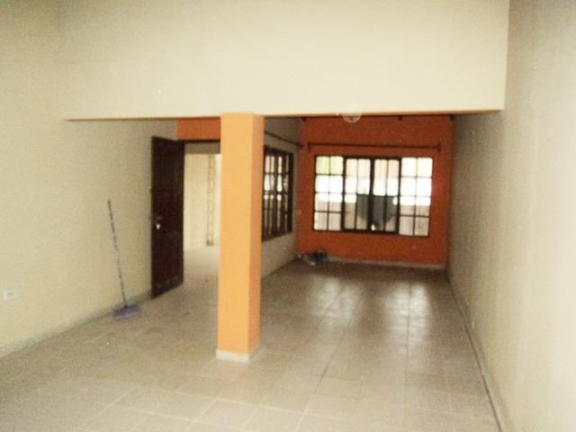 Casa independiente en alquiler, 3 dormitorios, Av. Mutualista. - 14