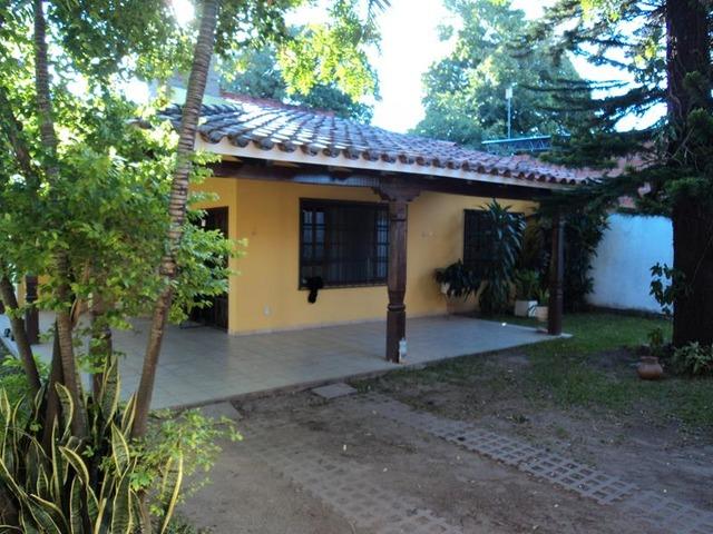 Hermosa casa en alquiler zona Radial 27 y 3er anillo. - 2