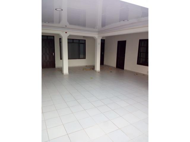 Casa amplia de 4 dormitorios zona Paragua y 2do anillo. - 15
