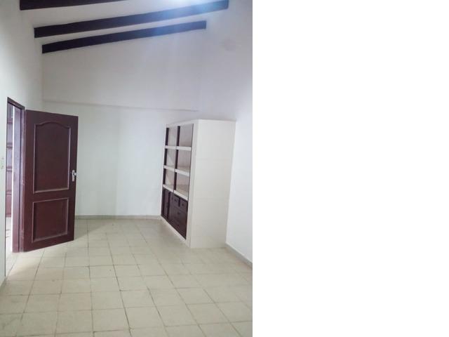 Casa amplia de 4 dormitorios zona Paragua y 2do anillo. - 16