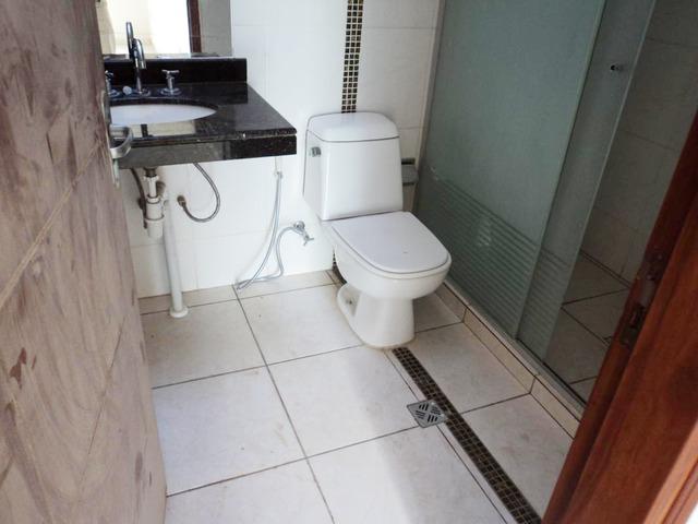 Hermosa casa independiente en anticretico de 4 dormitorios zona Paragua. - 11