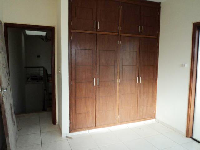 Hermosa casa independiente en anticretico de 4 dormitorios zona Paragua. - 10