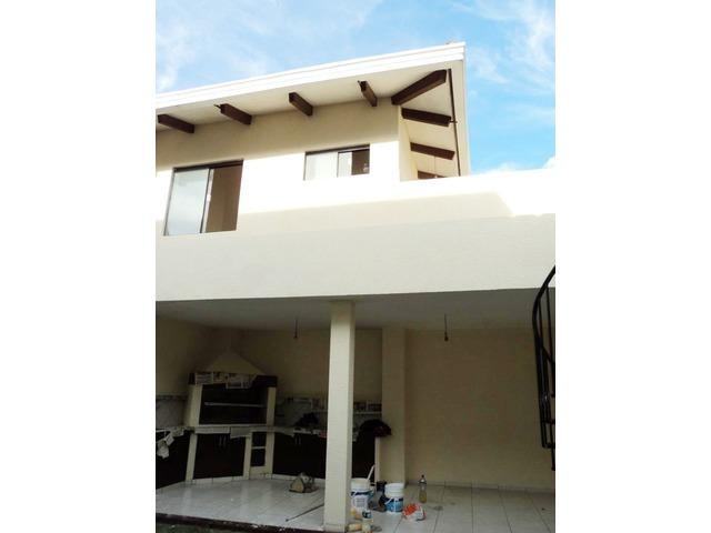 Hermosa casa independiente en anticretico de 4 dormitorios zona Paragua. - 6