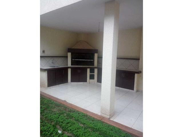 Hermosa casa independiente en anticretico de 4 dormitorios zona Paragua. - 15