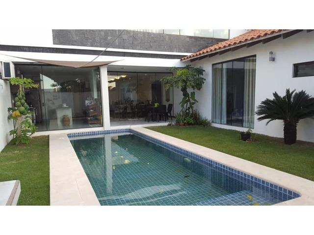 Hermosa y amplia casa semi amoblada con piscina 4 dormitorios zona norte. - 11