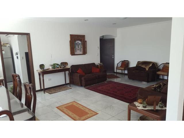 Hermosa y amplia casa semi amoblada con piscina 4 dormitorios zona norte. - 8