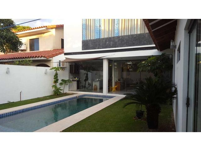 Hermosa y amplia casa semi amoblada con piscina 4 dormitorios zona norte. - 3