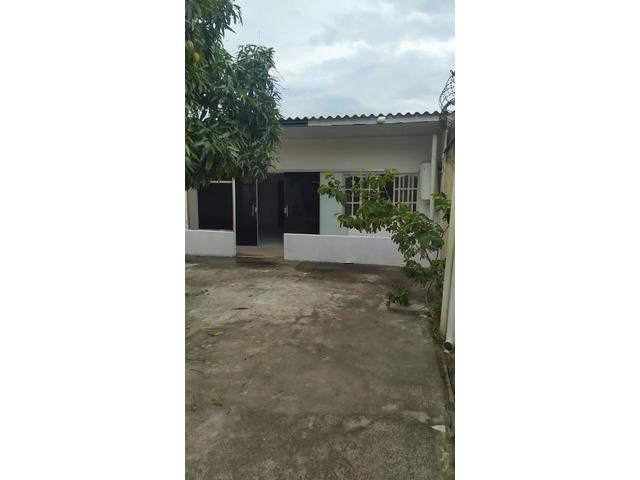 Casa independiente en alquiler zona Mutualista y 4to anillo. - 9