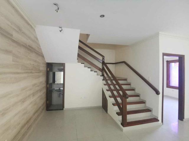 Hermosa casa en alquiler en Urbanización Cerrada Av Roca y Coronado. - 4