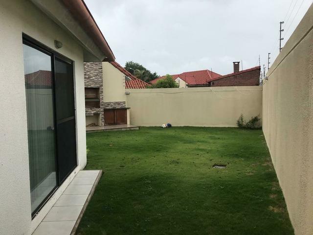 Casa independiente en alquiler  de 4 dormitorios en condominio zona Remanso. - 6