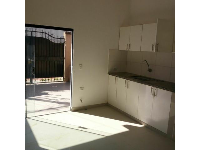 Departamento independiente alquiler de 2 dormitorios zona Av Paragua y 4to anillo. - 10