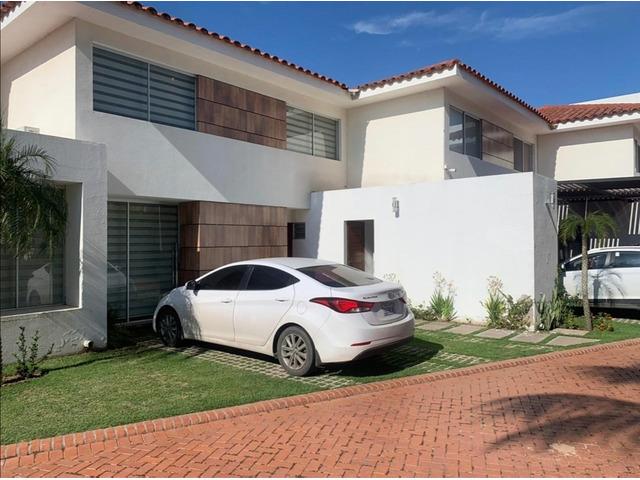 Hermosa casa de 2 plantas, 2 dormitorios y 1 suíte, en condominio cerrado directo con propietario - 8
