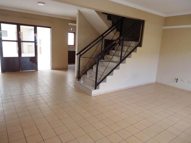 Casa independiente en alquiler Paragua y 4to anillo. - 13