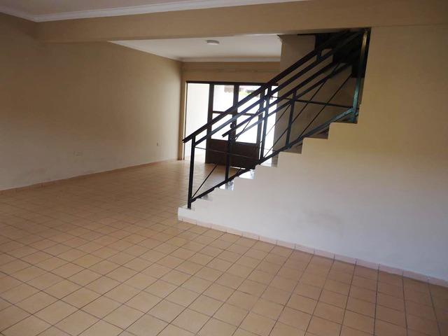 Casa independiente en alquiler Paragua y 4to anillo. - 12