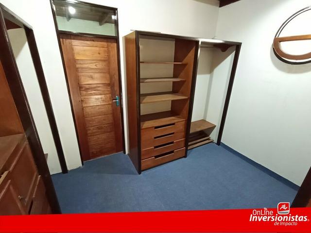 HERMOSA CASA EN VENTA ESPACIOSA  ZONA CENTENARIO - 13