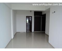 Departamento en alquiler de 2 dormitorios zona Av 2 de Agosto.