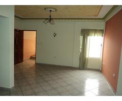 Departamento de 3 dormitorios en alquiler Av Mutualista.